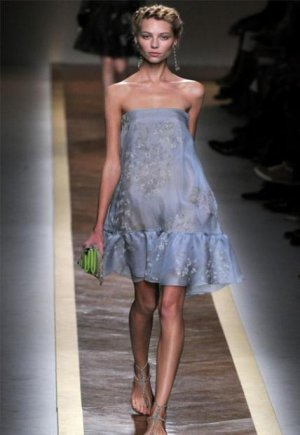 top-100-dresses-from-spring-summer-2012-collections-valentino.jpg